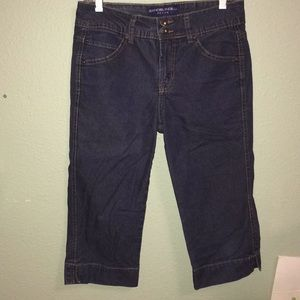 Denim - Size 6 blue jean denim capri pants